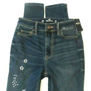 Hollister Jeans Size 00 Floral Embroidered 23/30